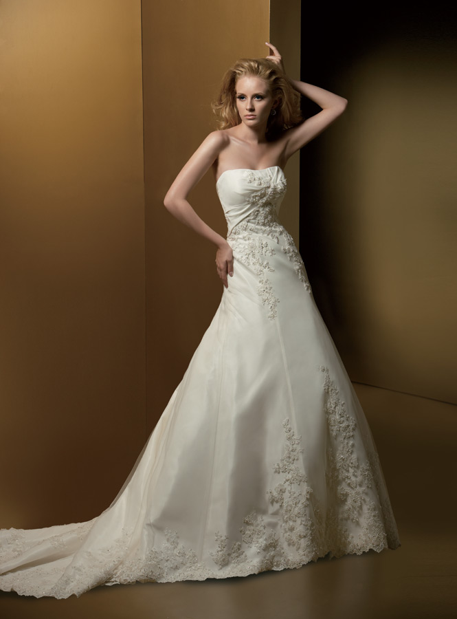 Bridal gown rental bridal gown rental singapore bridal for Wedding dresses for rental