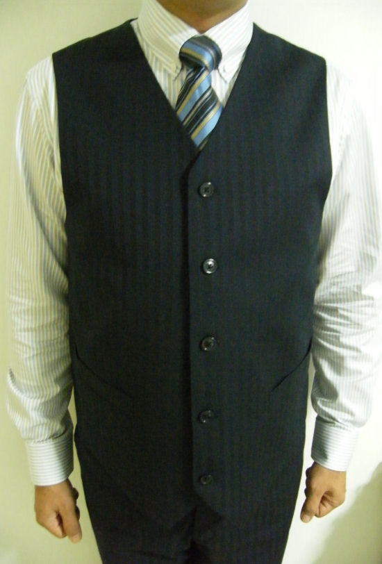 TAILOR - SB 3 Buttons Suit with V-Vest 2